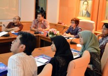 Sharing ASEAN Readiness Strategies with Indonesian Visitors